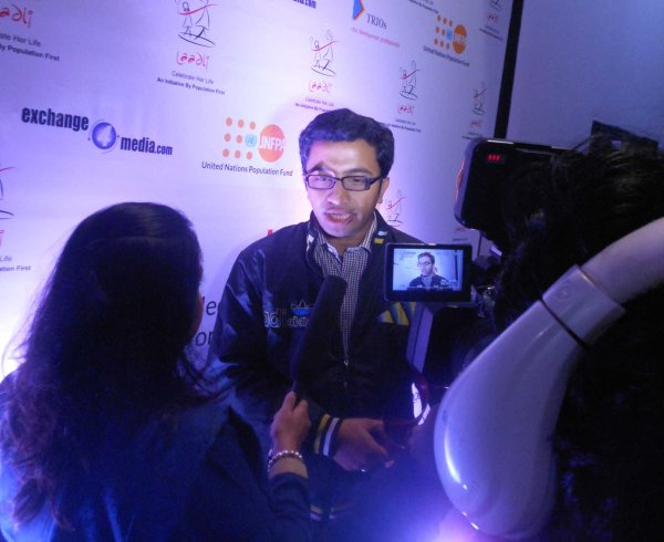 LAADLI MEDIA AWARD NEW DELHI (20-12-2013) (47)